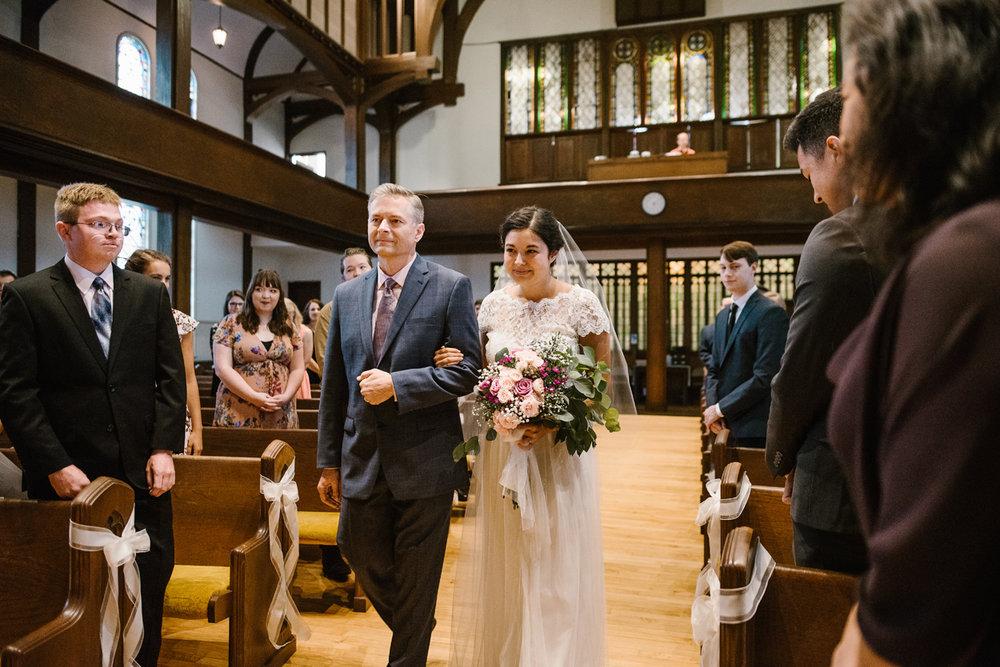 hillsdale-michigan-wedding-photographer (27).jpg