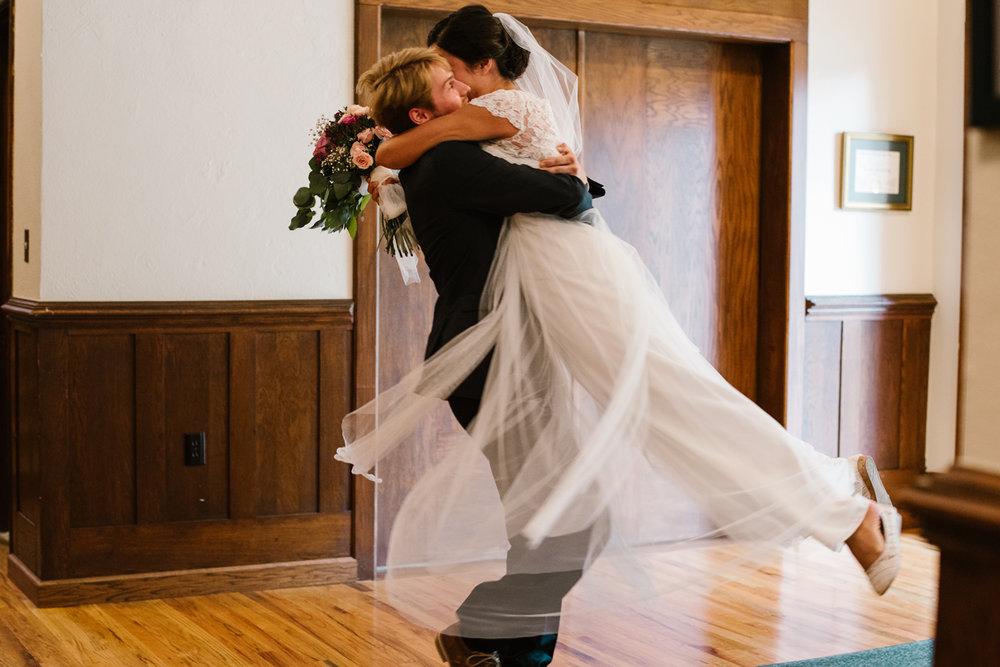 hillsdale-michigan-wedding-photographer (44).jpg