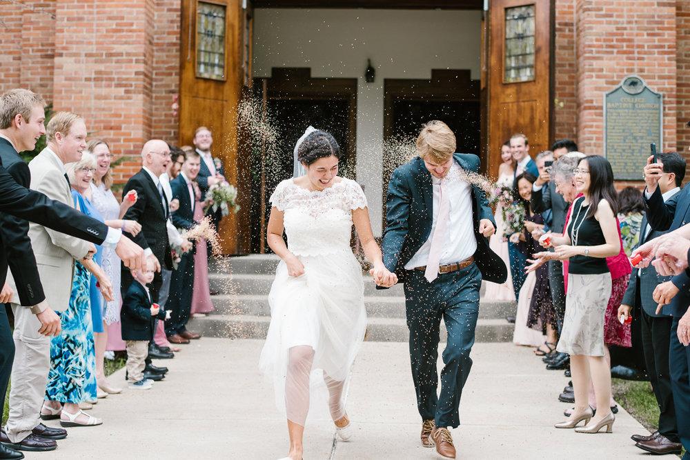hillsdale-michigan-wedding-photographer (47).jpg