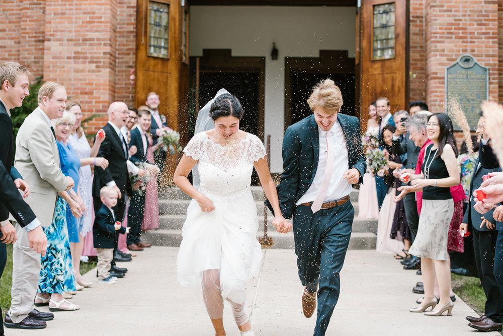 hillsdale-michigan-wedding-photographer (48).jpg