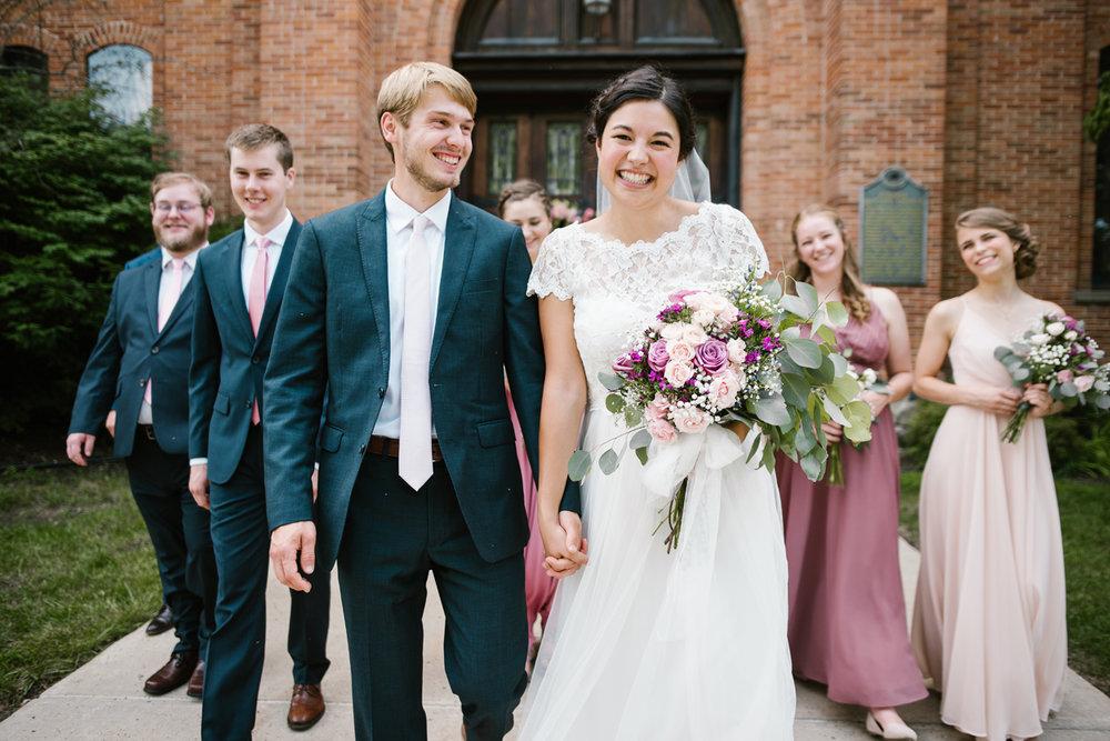 hillsdale-michigan-wedding-photographer (55).jpg
