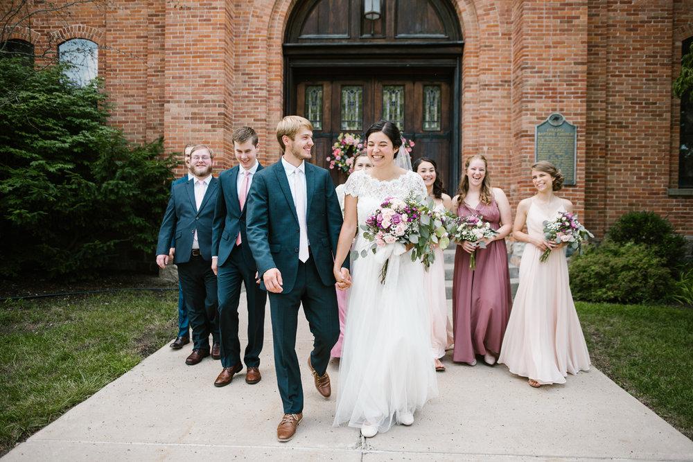 hillsdale-michigan-wedding-photographer (54).jpg