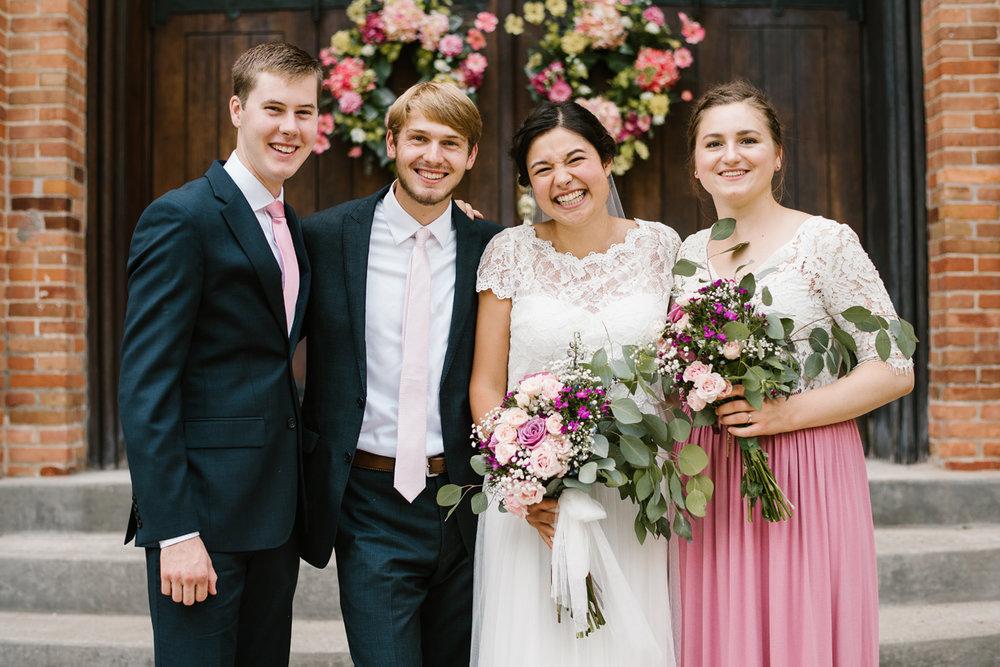 hillsdale-michigan-wedding-photographer (61).jpg