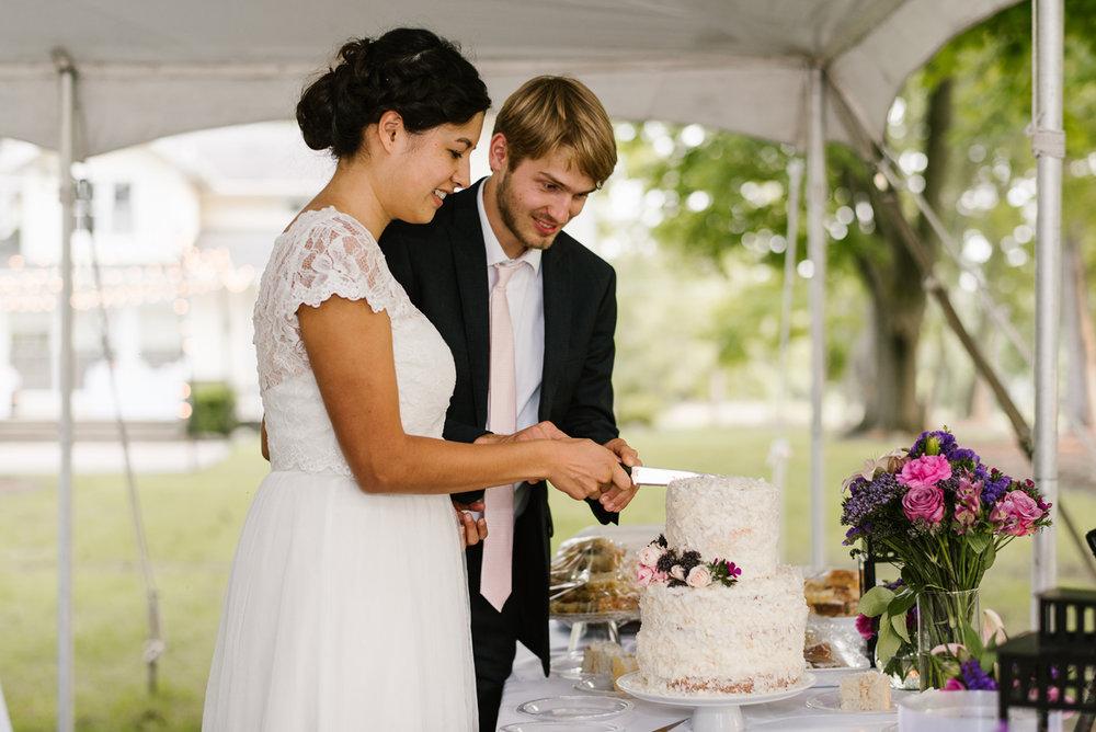 hillsdale-michigan-wedding-photographer (105).jpg