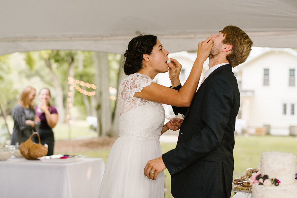 hillsdale-michigan-wedding-photographer (110).jpg