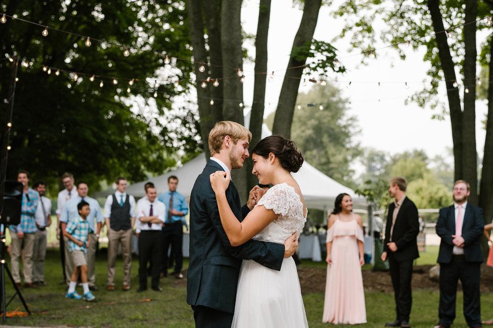 hillsdale-michigan-wedding-photographer (117).jpg