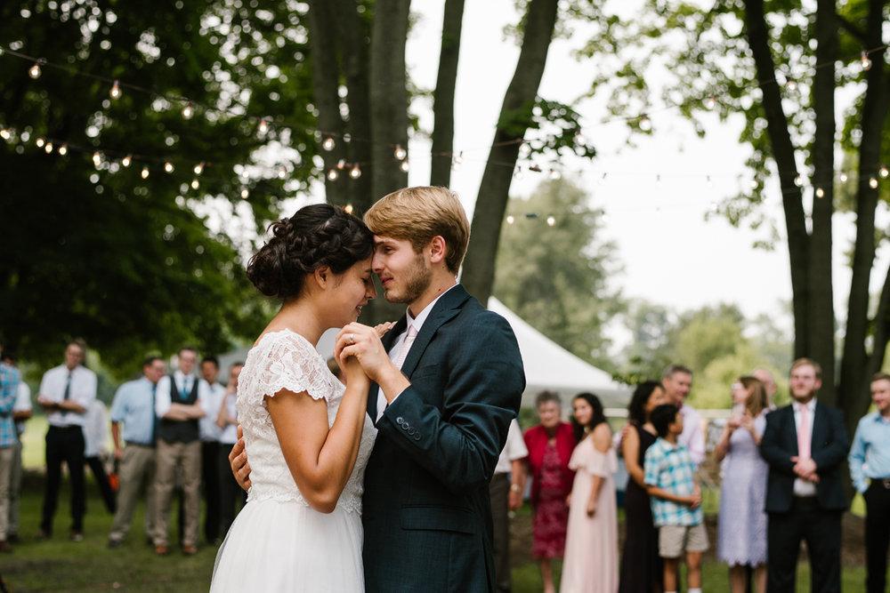 hillsdale-michigan-wedding-photographer (120).jpg
