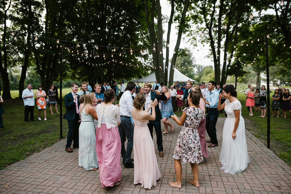 hillsdale-michigan-wedding-photographer (127).jpg