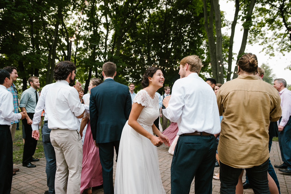 hillsdale-michigan-wedding-photographer (130).jpg