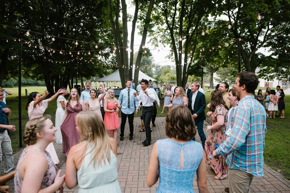 hillsdale-michigan-wedding-photographer (138).jpg
