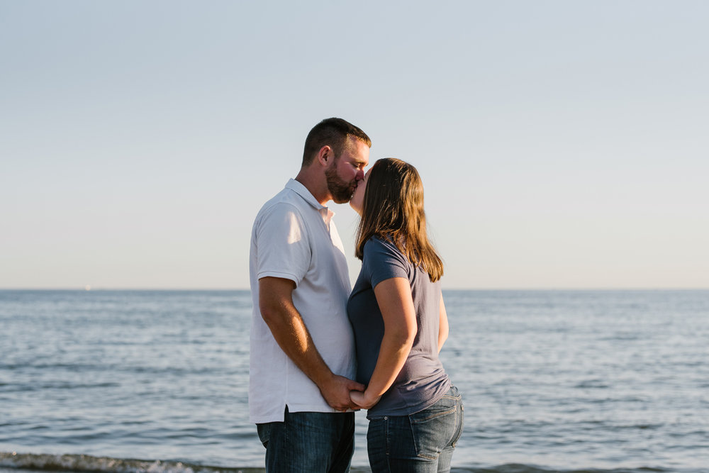 Lake-St-Clair-Metropark-Detroit-Michigan-Engagement (6).jpg