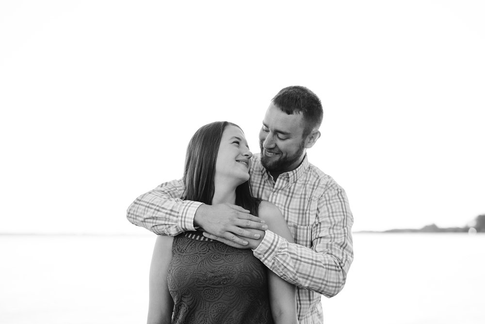 Lake-St-Clair-Metropark-Detroit-Michigan-Engagement (17).jpg