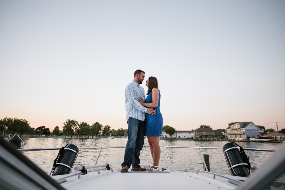 Lake-St-Clair-Metropark-Detroit-Michigan-Engagement (22).jpg