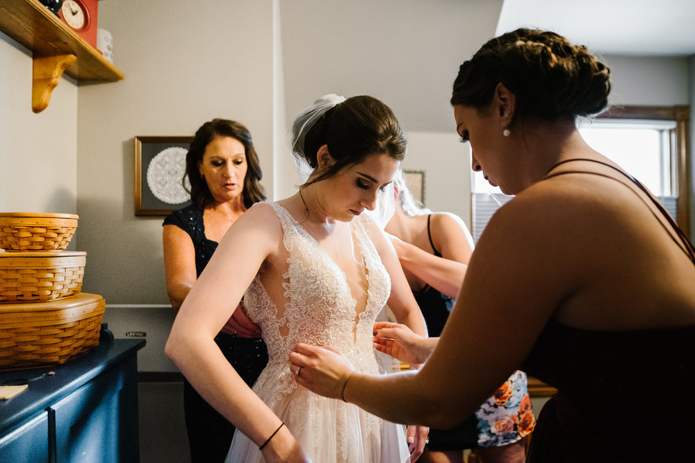 Detroit-Michigan-Backyard-Wedding-Sydney-Marie (14).jpg