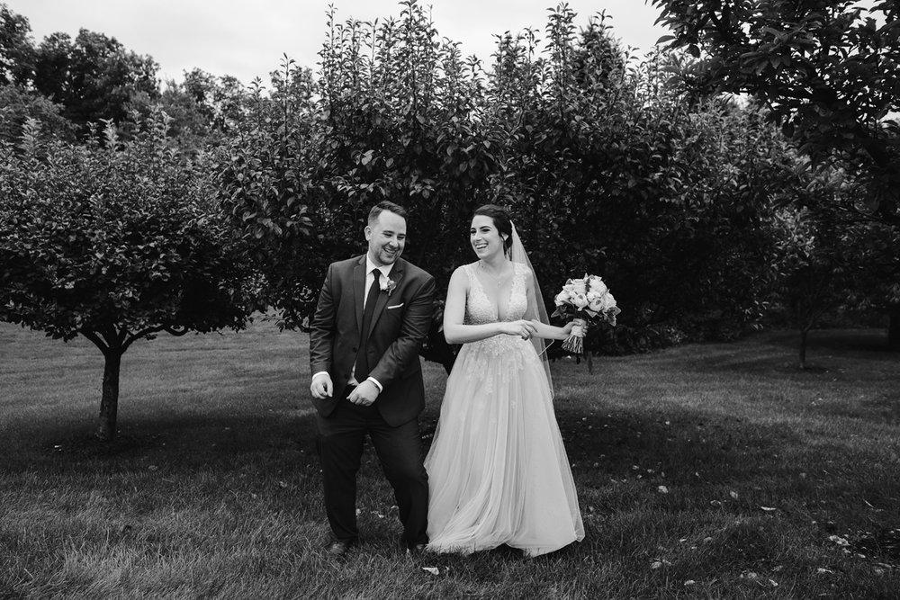 Detroit-Michigan-Backyard-Wedding-Sydney-Marie (68).jpg