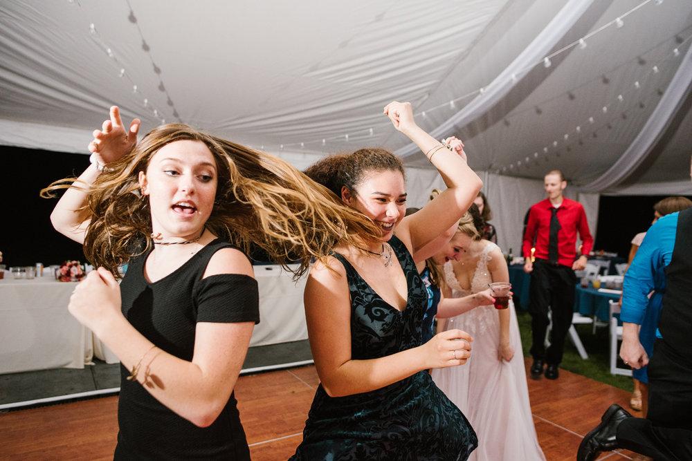 Detroit-Michigan-Backyard-Wedding-Sydney-Marie (136).jpg