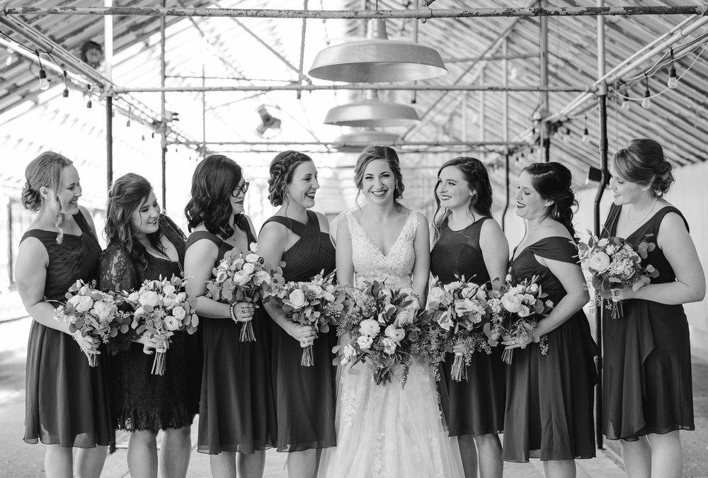 goldner-walsh-greenhouse-wedding-detroit-michigan-photographer (14).jpg