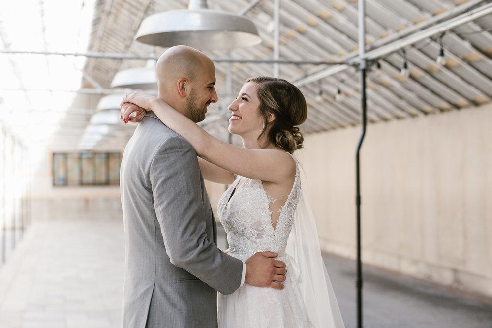 goldner-walsh-greenhouse-wedding-detroit-michigan-photographer (46).jpg