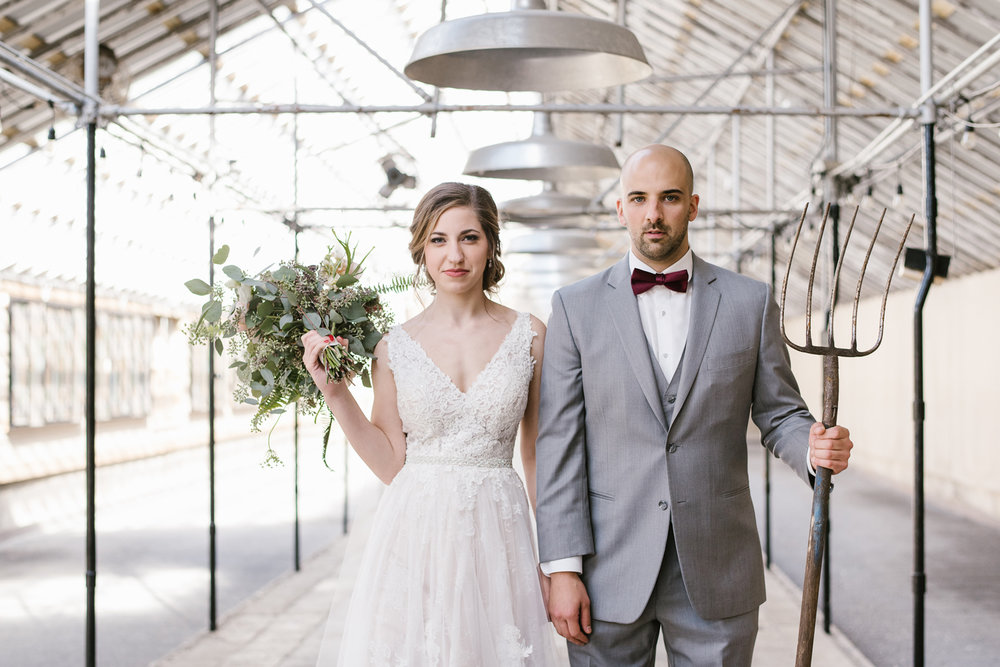 goldner-walsh-greenhouse-wedding-detroit-michigan-photographer (47).jpg