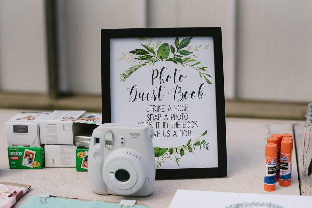 goldner-walsh-greenhouse-wedding-detroit-michigan-photographer (51).jpg