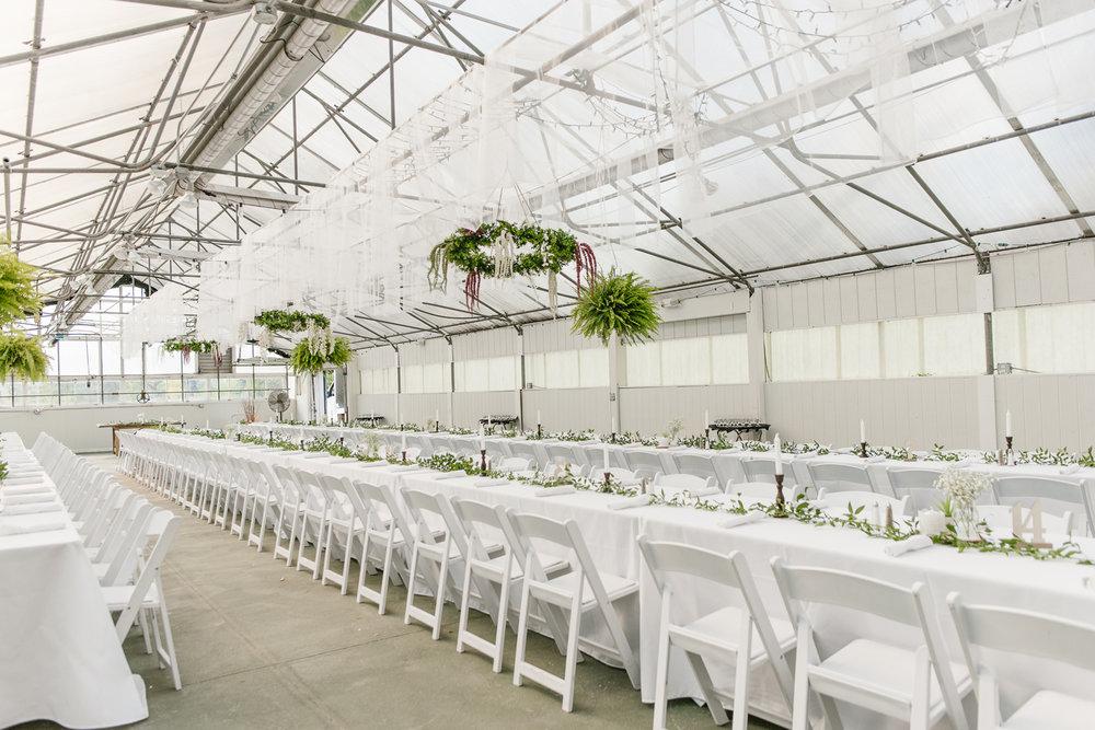 goldner-walsh-greenhouse-wedding-detroit-michigan-photographer (57).jpg