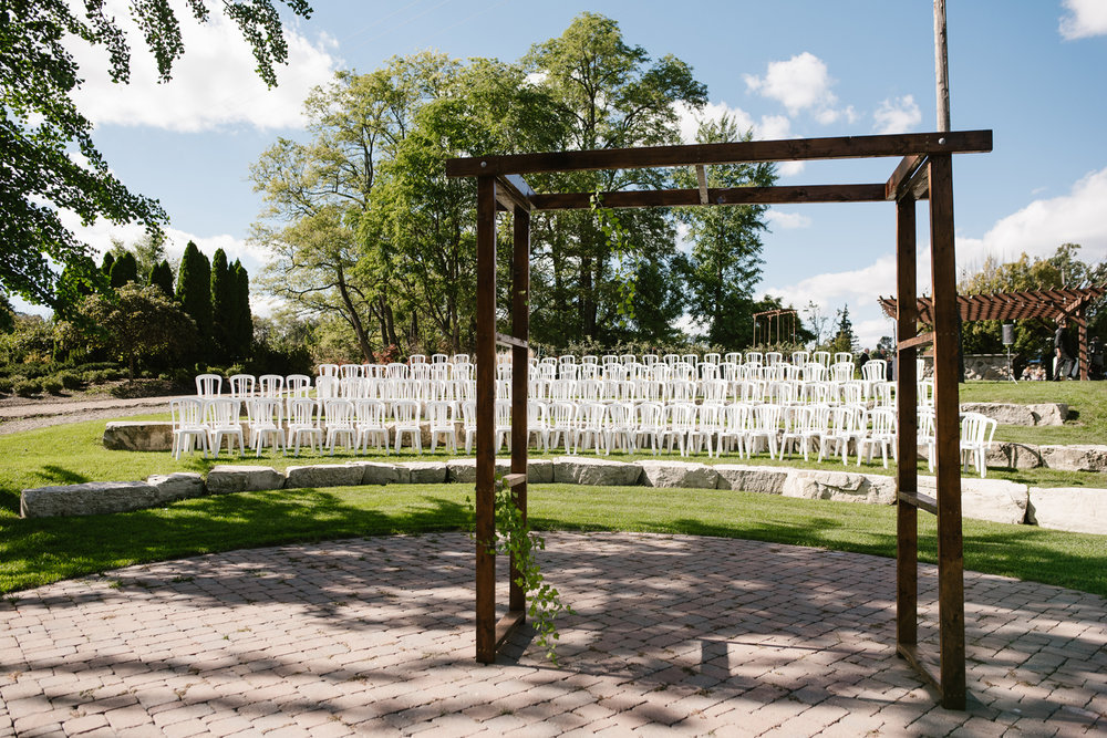 goldner-walsh-greenhouse-wedding-detroit-michigan-photographer (66).jpg