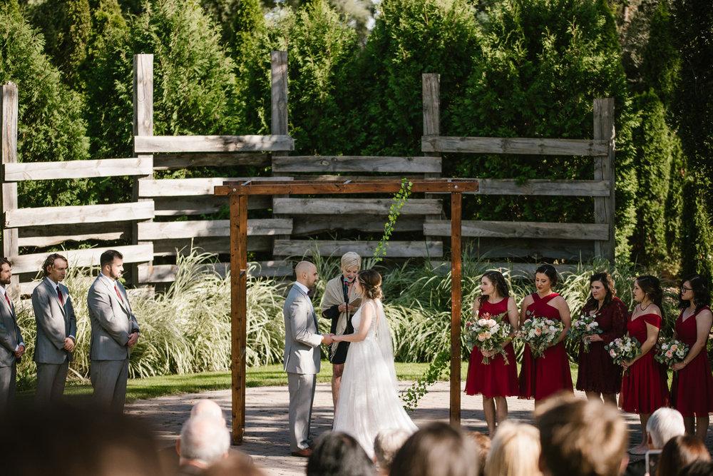 goldner-walsh-greenhouse-wedding-detroit-michigan-photographer (74).jpg