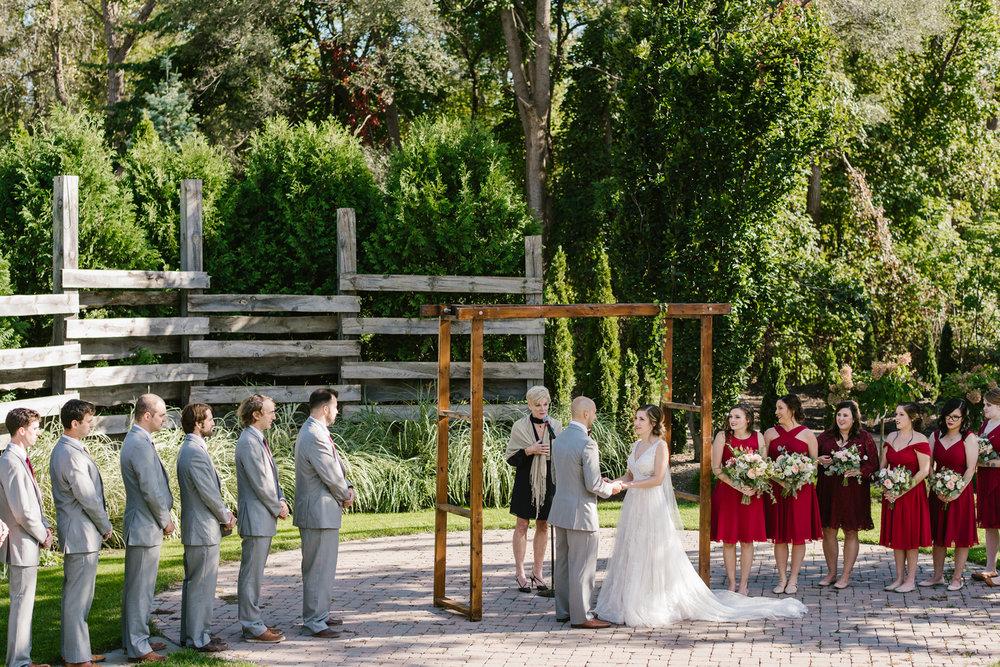 goldner-walsh-greenhouse-wedding-detroit-michigan-photographer (79).jpg