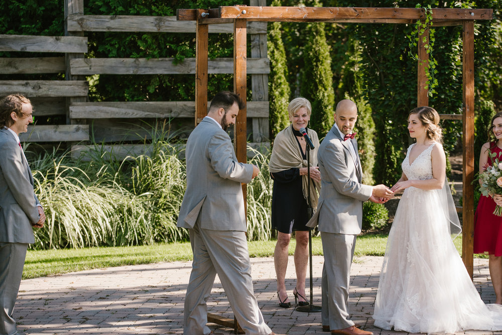 goldner-walsh-greenhouse-wedding-detroit-michigan-photographer (81).jpg