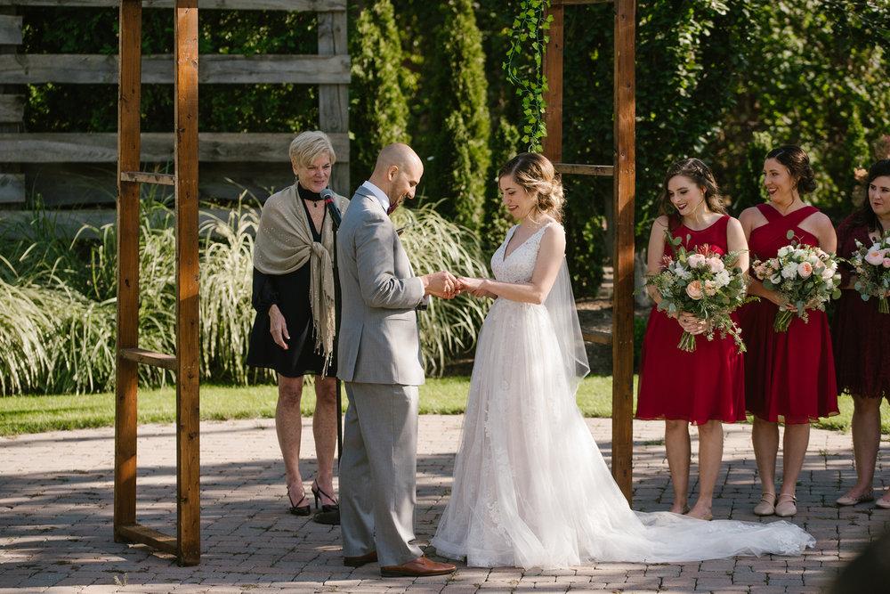 goldner-walsh-greenhouse-wedding-detroit-michigan-photographer (84).jpg