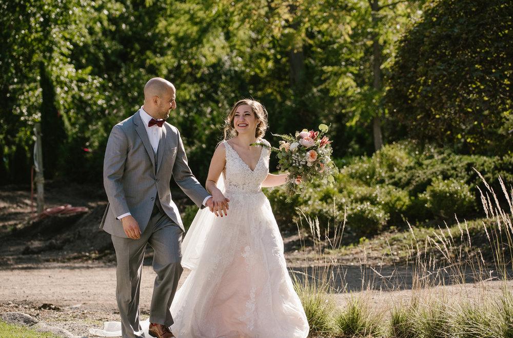 goldner-walsh-greenhouse-wedding-detroit-michigan-photographer (88).jpg