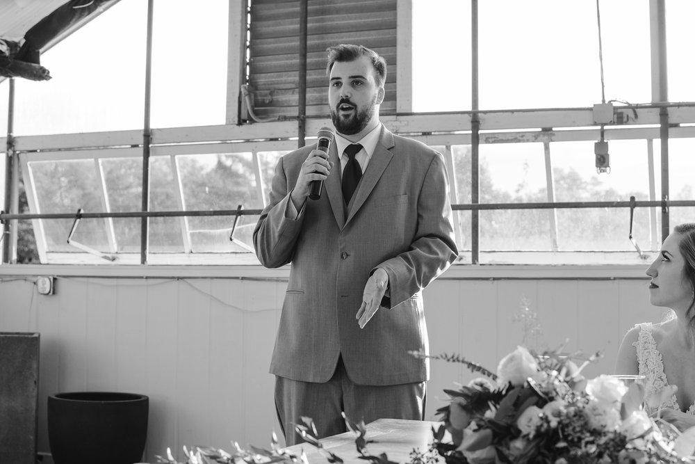 goldner-walsh-greenhouse-wedding-detroit-michigan-photographer (100).jpg