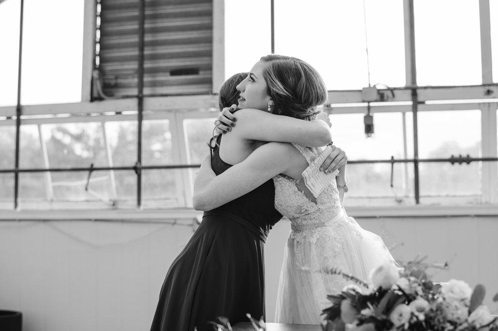 goldner-walsh-greenhouse-wedding-detroit-michigan-photographer (114).jpg