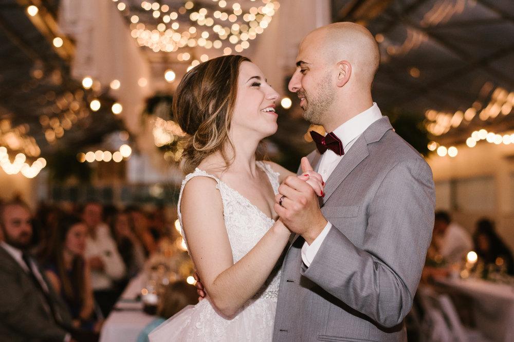 goldner-walsh-greenhouse-wedding-detroit-michigan-photographer (127).jpg