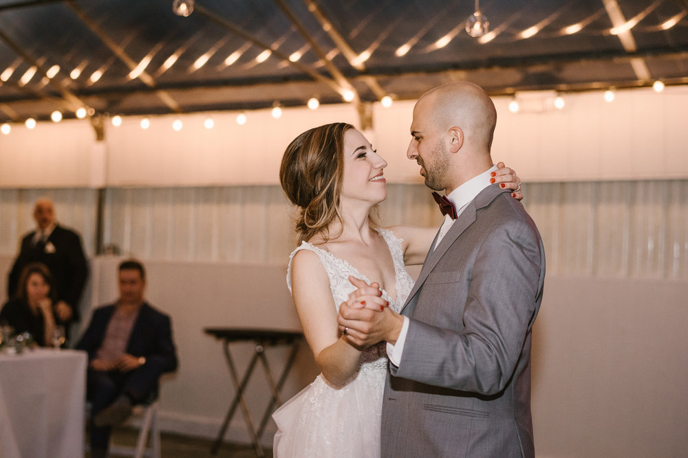 goldner-walsh-greenhouse-wedding-detroit-michigan-photographer (129).jpg