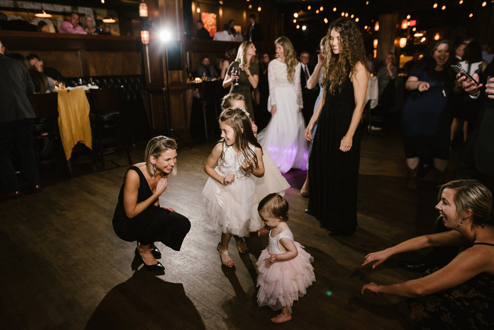 waldron-public-house-grand-rapids-michigan-wedding (115).jpg