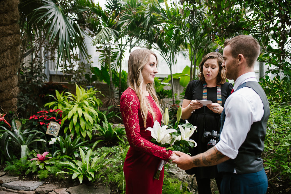 Frederik-Meijer-Gardens-Elopement-Grand-Rapids-Michigan-23.jpg