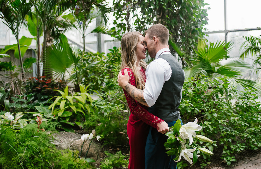 Frederik-Meijer-Gardens-Elopement-Grand-Rapids-Michigan-47.jpg