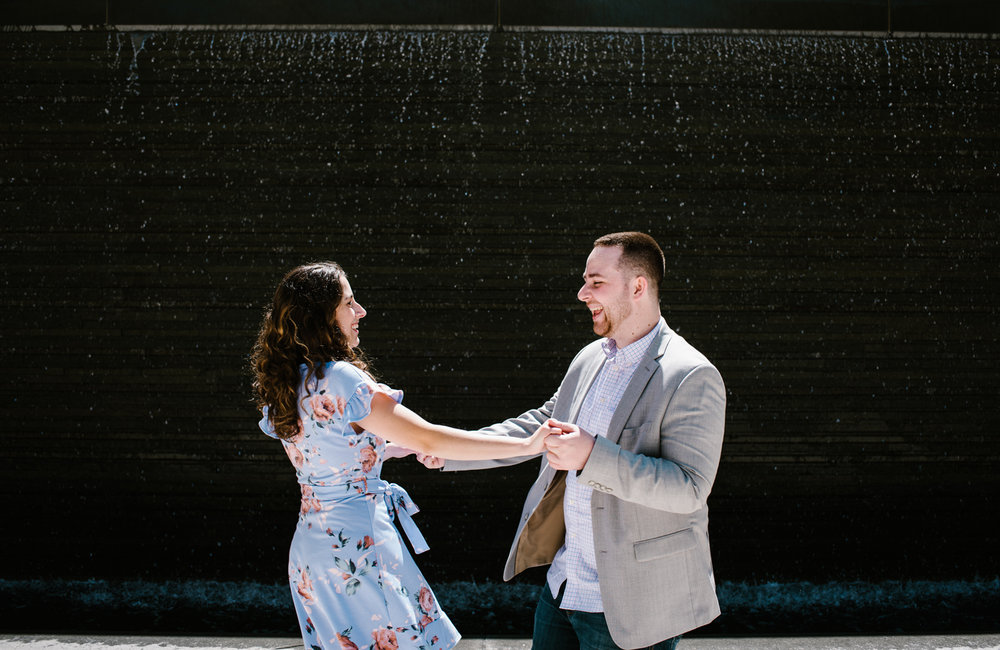 downtown-grand-rapids-engagement-session (3).jpg