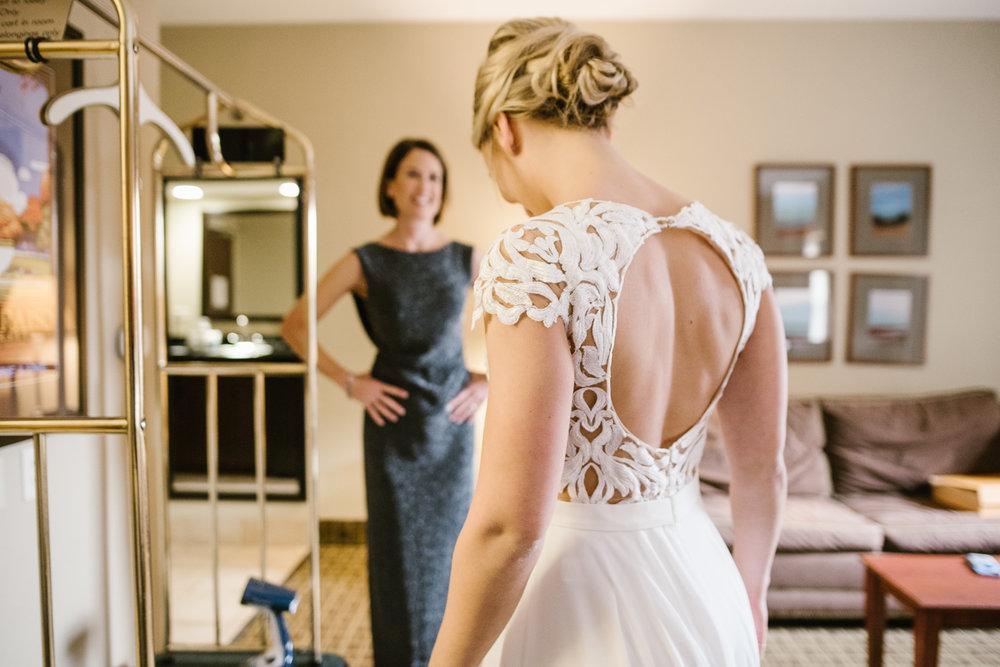 valparaiso-indiana-aberdeen-manor-wedding-photographer (18).jpg