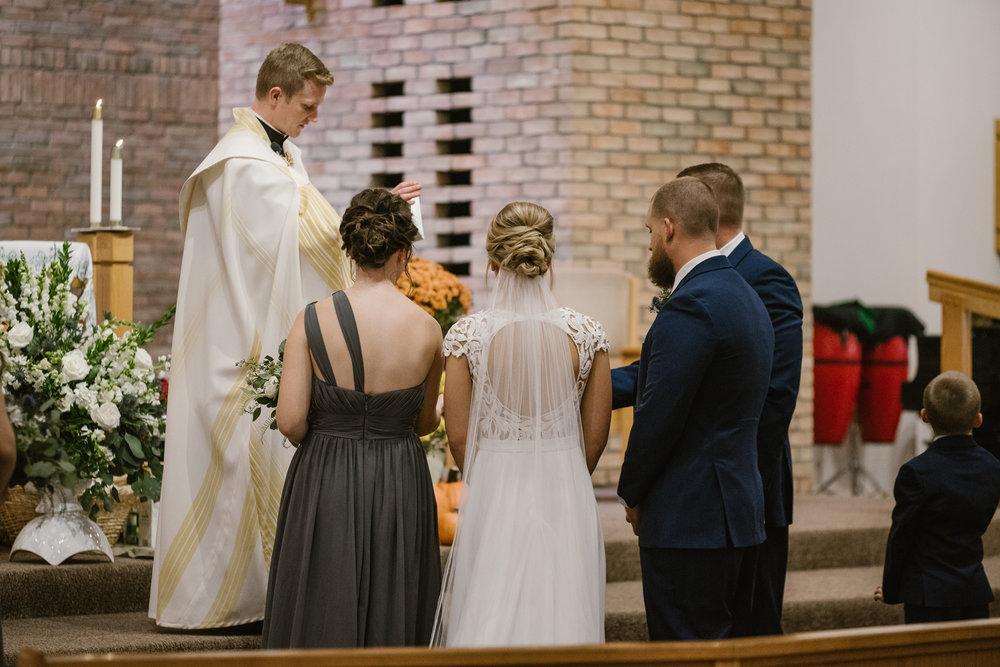 valparaiso-indiana-aberdeen-manor-wedding-photographer (46).jpg