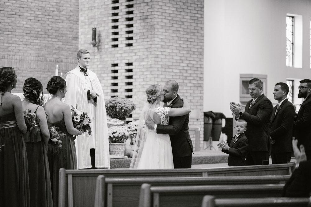 valparaiso-indiana-aberdeen-manor-wedding-photographer (49).jpg