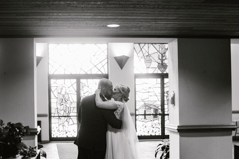 valparaiso-indiana-aberdeen-manor-wedding-photographer (51).jpg