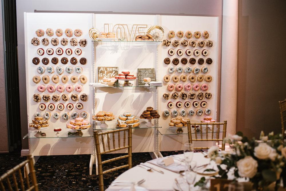 valparaiso-indiana-aberdeen-manor-wedding-photographer (110).jpg