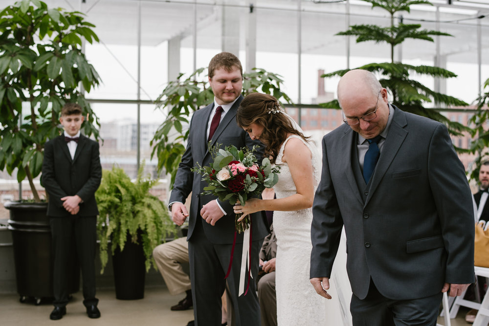 grand-rapids-downtown-market-wedding-photographer (77).jpg