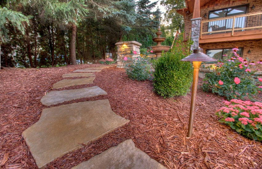 5 Best Natural Paving Stones for your Bergen County NJ Walkways