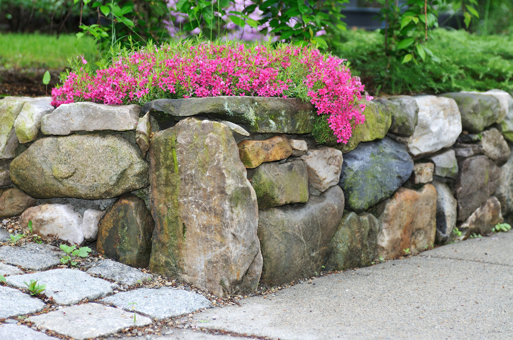 Building a Boulder Retaining Wall in Sullivan, NY? Visit Our Landscape Supply