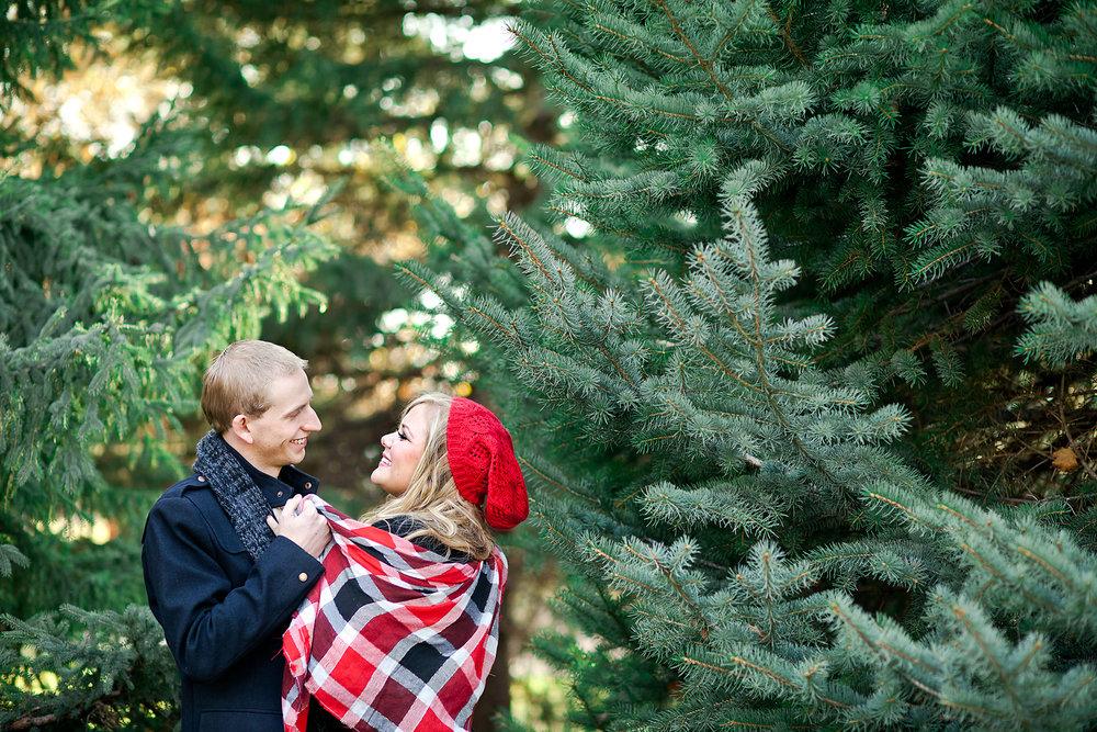 couples_christmas_card_idea_001.jpg