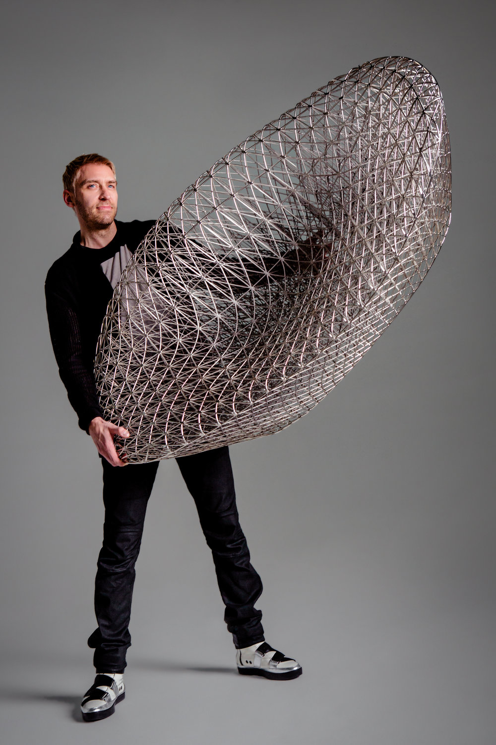 Pioneering designs that push the limits of new 3D printing technologies. -