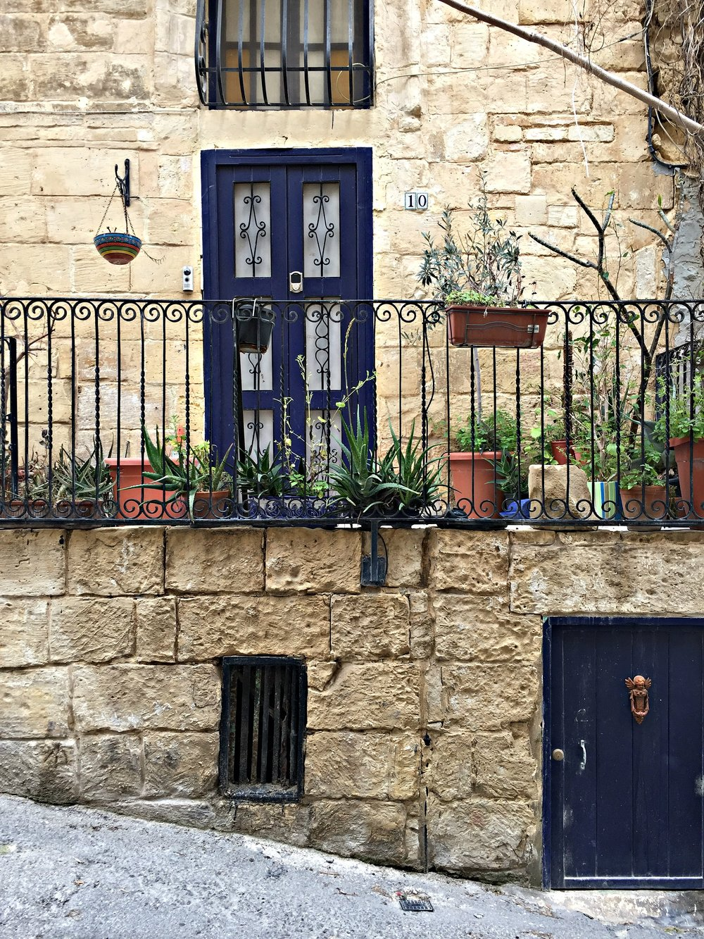 Malta Valletta House Plants Tradition
